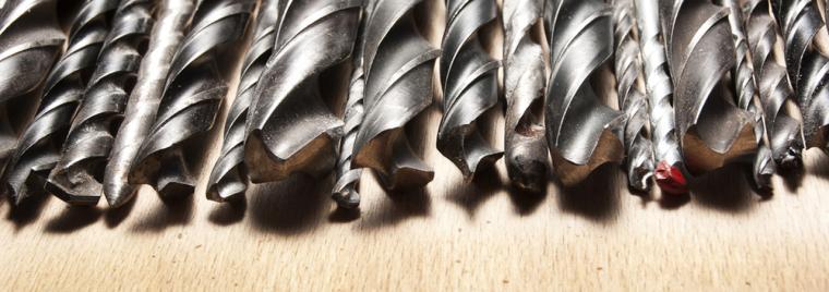 Vrtací a šroubovací nástroje